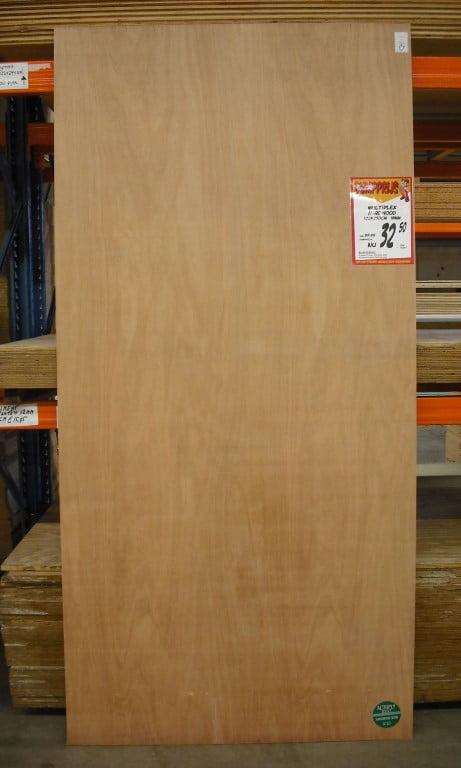 Doe Het Zelf Dump Goirle.Multiplex Hardwood 18 Mm 122 250 Cm
