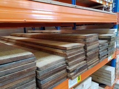 Ruwe plank Oregon Pine
