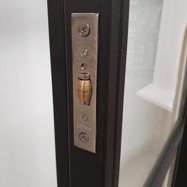 Industriële deur - stalen deur - design deur