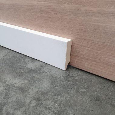 MDF plint recht 18x60 mm 240 cm