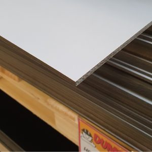 HPL Volkernplaat midden grijs 6 mm 130x305 cm