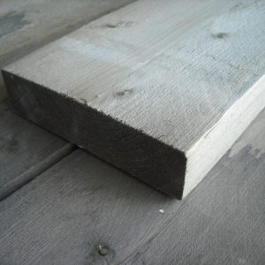 Balk cement grijs ±50x200 mm (vers gezaagd)
