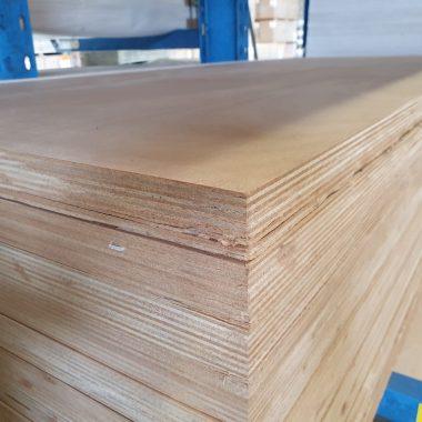 Okoume exterieur 40 mm 100x235 cm
