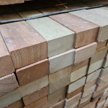 Hardhout regel / onderregel 42x70 mm