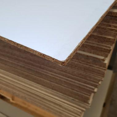 Geplastificeerd spaanplaat wit 10 mm 103x280 cm