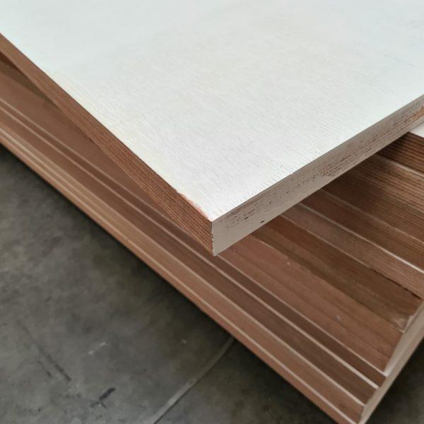 Okoume exterieur 40 mm gegrond 95x215 cm (deurplaat)