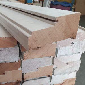 Kozijnhout / kozijnprofiel A-profiel zij-bovenstijl gegrond 56x115 mm
