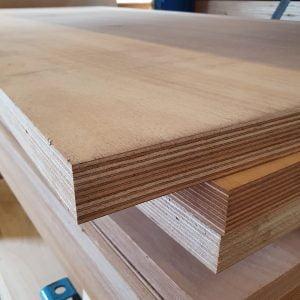 Okoume exterieur 40 mm 122x250 cm (deurplaat)